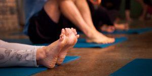 Yoga feet mat