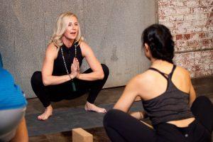 m3yoga yogi squat